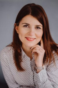 Anna M. Piaseczna - autorka, trener, pedagog, mówca.